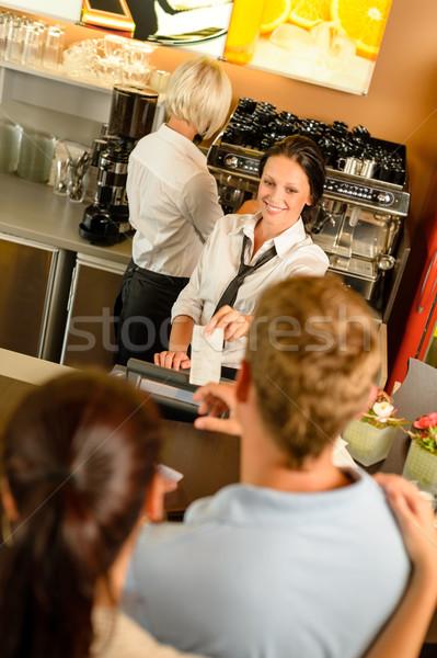 カフェ 従業員 女性 男 法案 領収書 ストックフォト © CandyboxPhoto