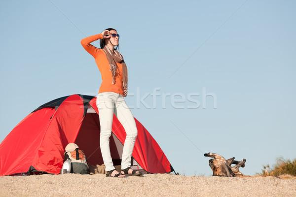 Kempingezés boldog nő kívül sátor tengerpart Stock fotó © CandyboxPhoto