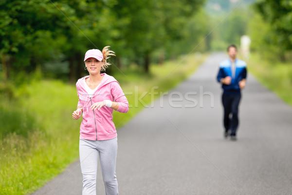 Jogging uruchomiony parku drogowego młodych Zdjęcia stock © CandyboxPhoto