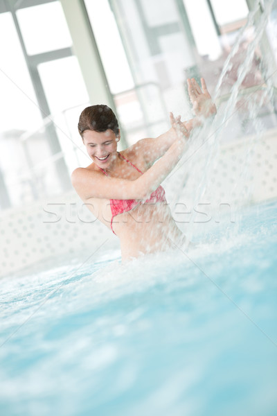 Zwembad gelukkig vrouw water stream Stockfoto © CandyboxPhoto