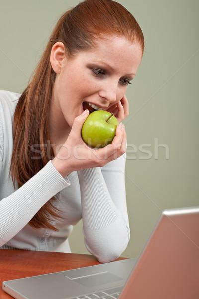 Foto stock: Longo · mulher · maçã · escritório