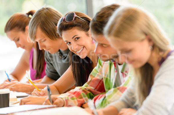 Estudantes escrita colégio exame adolescentes estudar Foto stock © CandyboxPhoto