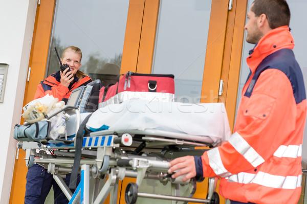 Vészhelyzet orvos otthon látogatás hívás rádió Stock fotó © CandyboxPhoto