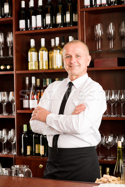 De ober gelukkig mannelijke restaurant poseren Stockfoto © CandyboxPhoto