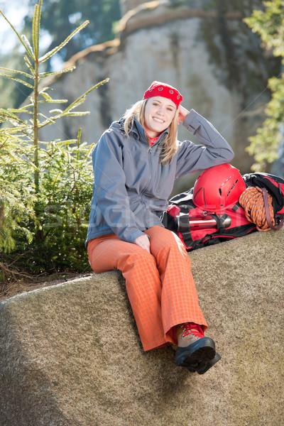 Aktif kadın kaya tırmanışı oturma sırt çantası genç kadın Stok fotoğraf © CandyboxPhoto