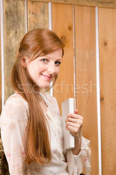 小さな ロマンチックな 女性 ホールド 図書 納屋 ストックフォト © CandyboxPhoto