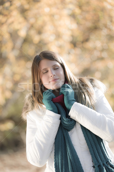 Winter fashion - woman in park Stock photo © CandyboxPhoto