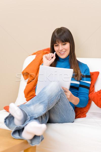 Stock fotó: Tinédzser · lány · otthon · diák · ír · házi · feladat