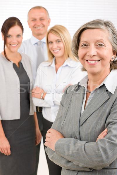 Foto stock: Altos · atrás · negocios · equipo · feliz · oficina
