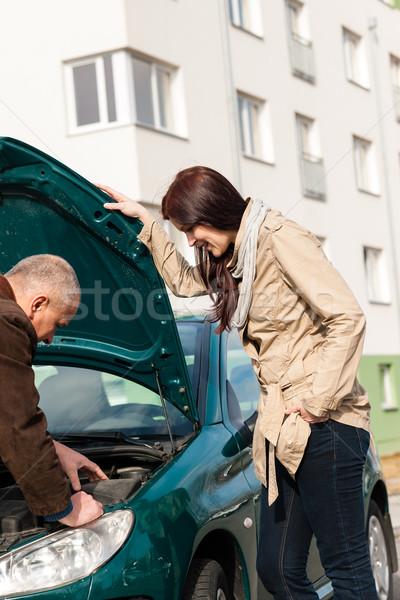 Férfi dolgozik javít autó probléma törött Stock fotó © CandyboxPhoto