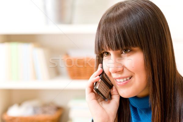 Foto stock: Adolescente · menina · relaxar · casa · telefone · feliz