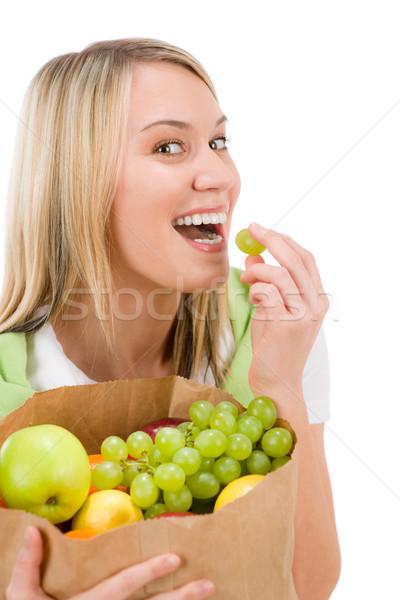 Stock fotó: Egészséges · életmód · nő · gyümölcs · vásárlás · papírzacskó · derűs