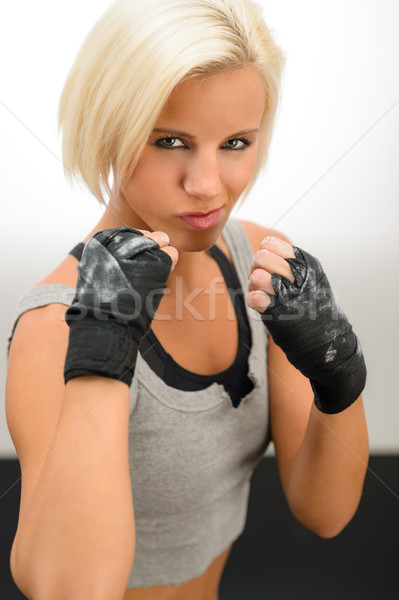 Mujer listo lucha guantes áspero boxeo Foto stock © CandyboxPhoto