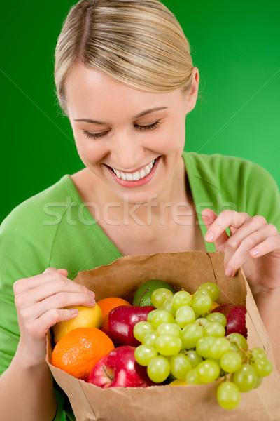 女性 フルーツ ショッピング 紙袋 緑 ストックフォト © CandyboxPhoto
