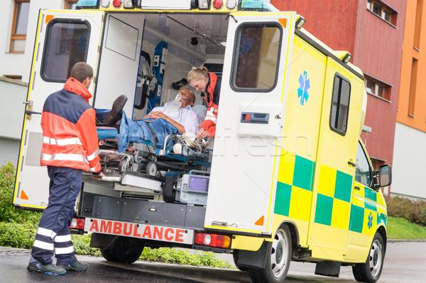 Pacjenta pogotowia samochodu pomoc człowiek Zdjęcia stock © CandyboxPhoto