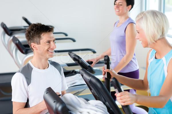 Fitness młodych ludzi kierat cardio treningu spaceru Zdjęcia stock © CandyboxPhoto