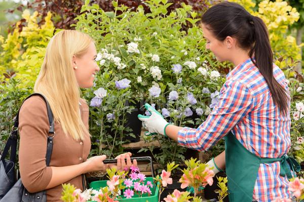Fleuriste donner conseil client femme plantes Photo stock © CandyboxPhoto