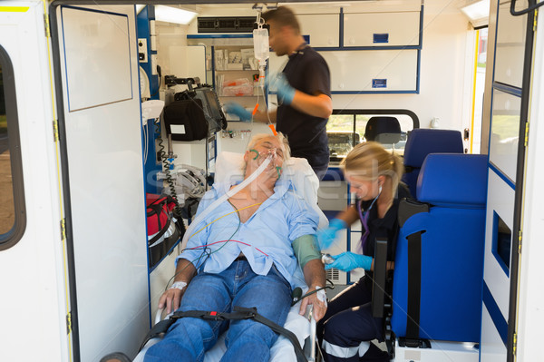 Inconsciente hombre ambulancia ancianos coche Foto stock © CandyboxPhoto