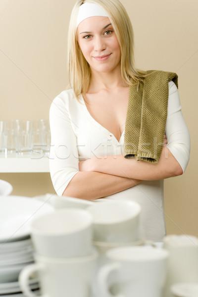Stok fotoğraf: Modern · mutfak · mutlu · kadın · ev · işi