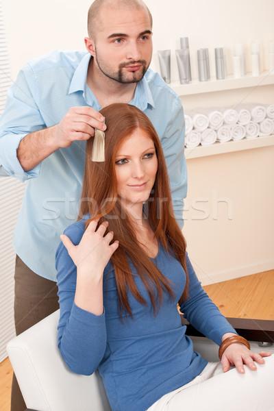 Professionele kapper kiezen haren verf kleur Stockfoto © CandyboxPhoto