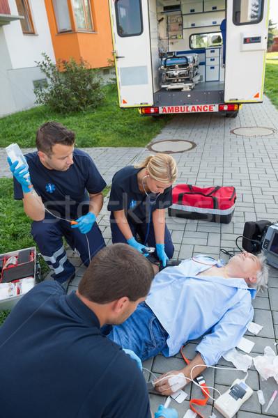 Herido hombre calle altos médicos Foto stock © CandyboxPhoto
