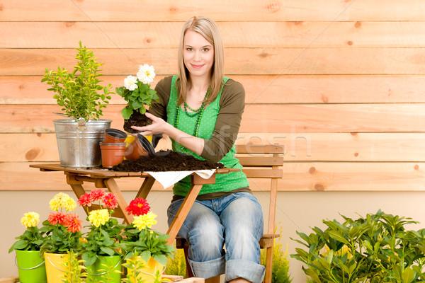 Сток-фото: садоводства · женщину · весенний · цветок · терраса · цветок