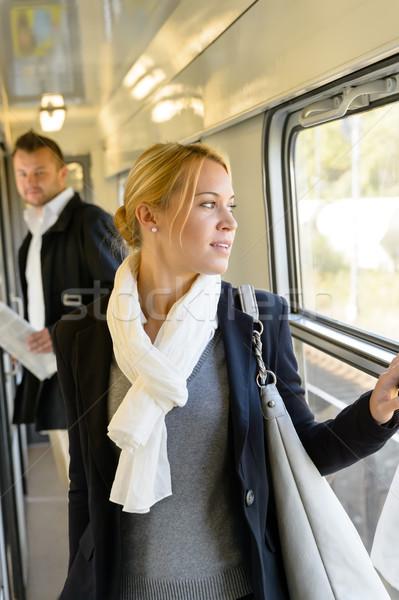 Man kijken vrouw naar uit venster Stockfoto © CandyboxPhoto