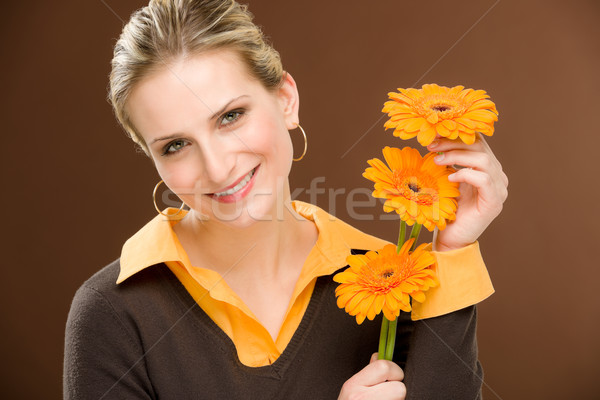 Flor romântico mulher manter margarida retrato Foto stock © CandyboxPhoto