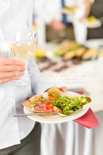 Mujer de negocios mantener placa restauración alimentos almuerzo Foto stock © CandyboxPhoto