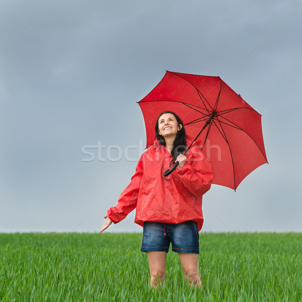 беззаботный девушки дождь душу улице Сток-фото © CandyboxPhoto