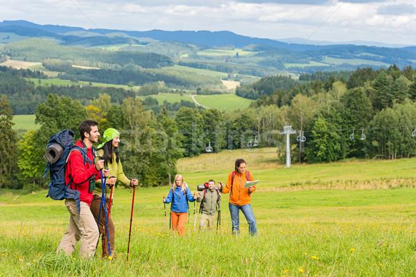 Stock fotó: Fiatal · trekking · emberek · élvezi · festői · tájkép