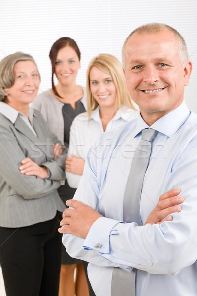 Zespół firmy starszy kierownik szczęśliwy koledzy biznesmen Zdjęcia stock © CandyboxPhoto