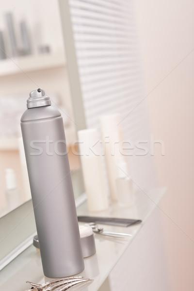 Profissional cabeleireiro estúdio spray de cabelo cabelo clipe Foto stock © CandyboxPhoto