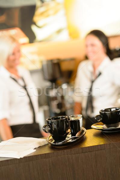 Messa a fuoco selettiva caffè cafe donne coppe donna Foto d'archivio © CandyboxPhoto
