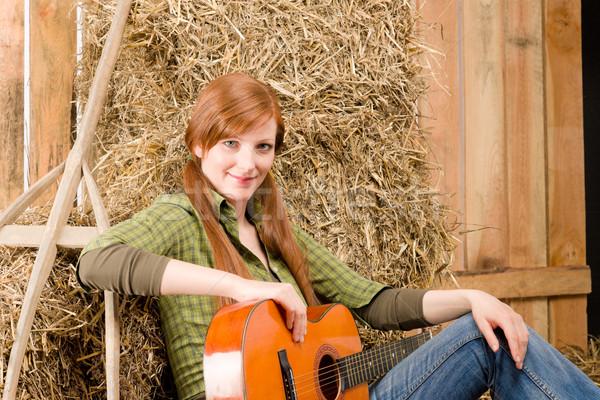 小さな 国 女性 演奏 ギター 納屋 ストックフォト © CandyboxPhoto