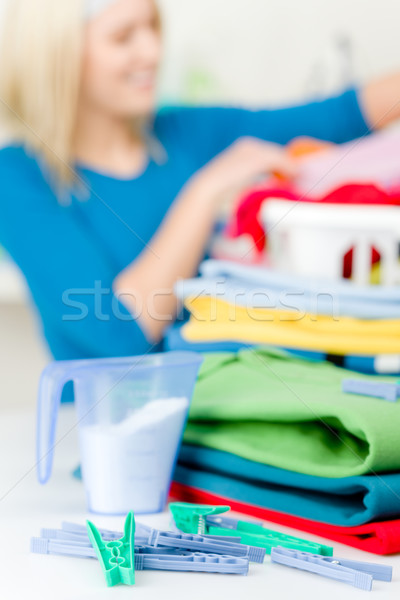 Lavanderia prendedor de roupa mulher feliz casa jovem Foto stock © CandyboxPhoto