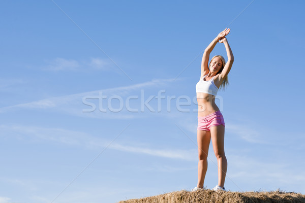 Esportes caber mulher verão blue sky Foto stock © CandyboxPhoto