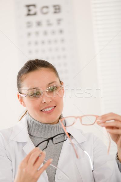 Stok fotoğraf: Gözlükçü · doktor · kadın · gözlük · göz · grafik