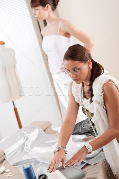 моде модель белый подвенечное платье дизайнера профессиональных Сток-фото © CandyboxPhoto