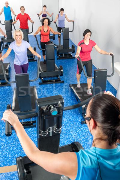 Foto stock: Fitness · instrutor · esteira · corrida · classe