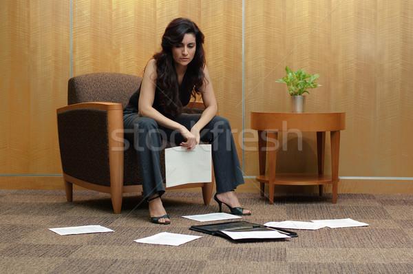Frustrado mujer de negocios negocios mujeres oficina lobby Foto stock © cardmaverick2
