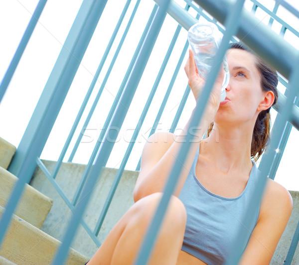 Kentsel olgun kadın egzersiz ayarlamak Stok fotoğraf © cardmaverick2