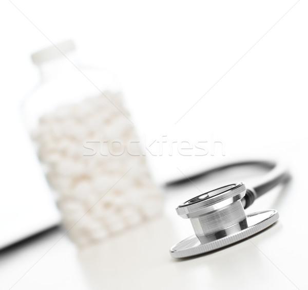 Suprimentos médicos isolado brilhante branco medicina ciência Foto stock © cardmaverick2