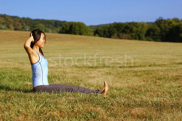 Nina yoga campo verano pradera Foto stock © cardmaverick2