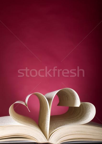 Kitap kalp şekli biçim kalp Stok fotoğraf © carenas1