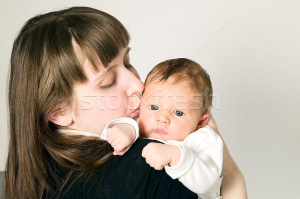 ストックフォト: 母親 · 赤ちゃん · 少年 · グレー