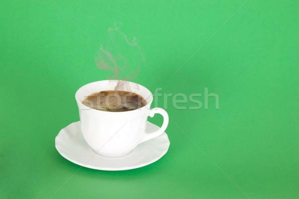 Sıcak siyah kahve duman beyaz fincan yeşil Stok fotoğraf © carenas1
