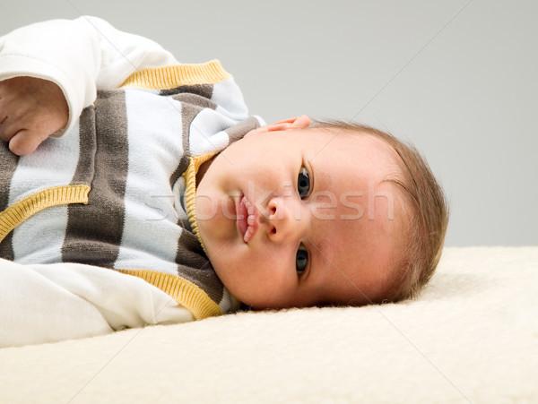 Mooie baby jongen kijken witte grote ogen Stockfoto © carenas1