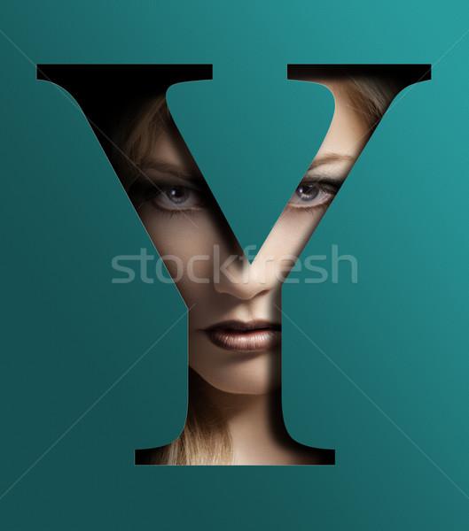 Szépség közelkép portré fiatal csinos nő mögött Stock fotó © carlodapino