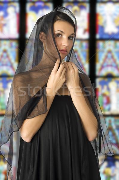 Preto véu bela mulher cabeça como velho Foto stock © carlodapino